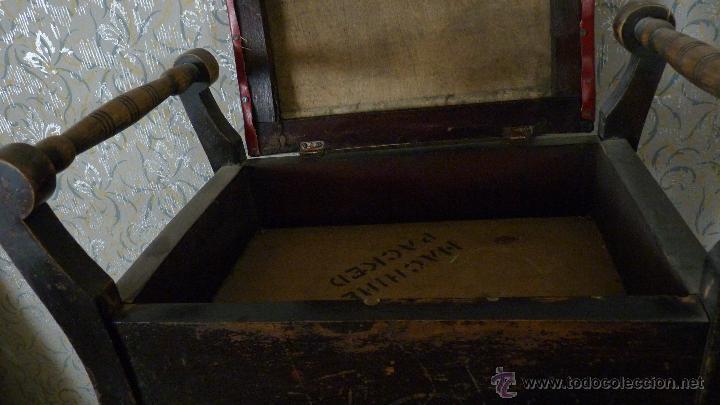Antigüedades: BANQUETA TAPIZADA. CAJÓN. MADERA EN BUEN ESTADO - Foto 4 - 53156814