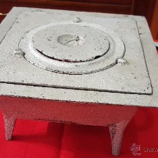 Antigüedades: COCINA DE CARBON ANTIGUA . COCINA ECONOMICA. Lote 53171774