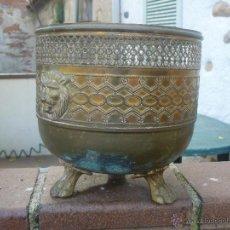 Antigüedades: MACETERO REDONDO DE LATON DE 21 CM DE DIAMETRO MAXIMO. Lote 53179140
