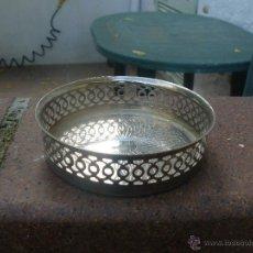 Antigüedades: ANTIGUO REPOSABOTELLAS DE METAL. Lote 53179425