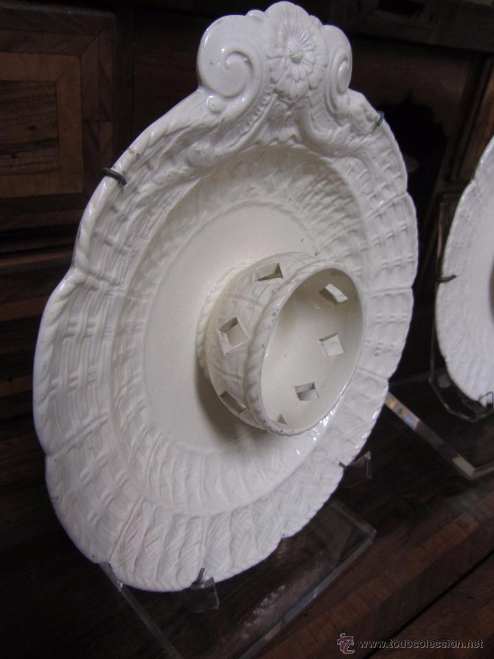 Antigüedades: Pareja de Mancerinas de Alcora - Foto 4 - 53184136