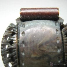 Antigüedades: LOTE 4 BELLOS BOTONES ANTIGUOS TALLA. Lote 53191000