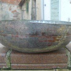Antigüedades: CENTRO DE MESA DE COBRE Y BRONCE. Lote 53215717