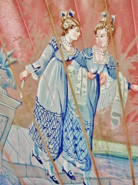 Antigüedades: Antiguo abanico de hueso y seda rosa pintada. - Foto 2 - 53229590