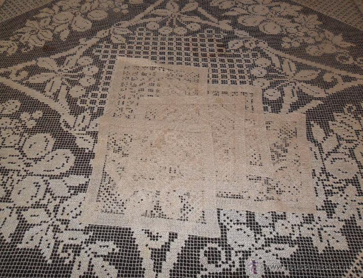 MANTELERIA EN ENCAJE DE RED: MANTEL Y SERVILLETAS (Antigüedades - Hogar y Decoración - Manteles Antiguos)