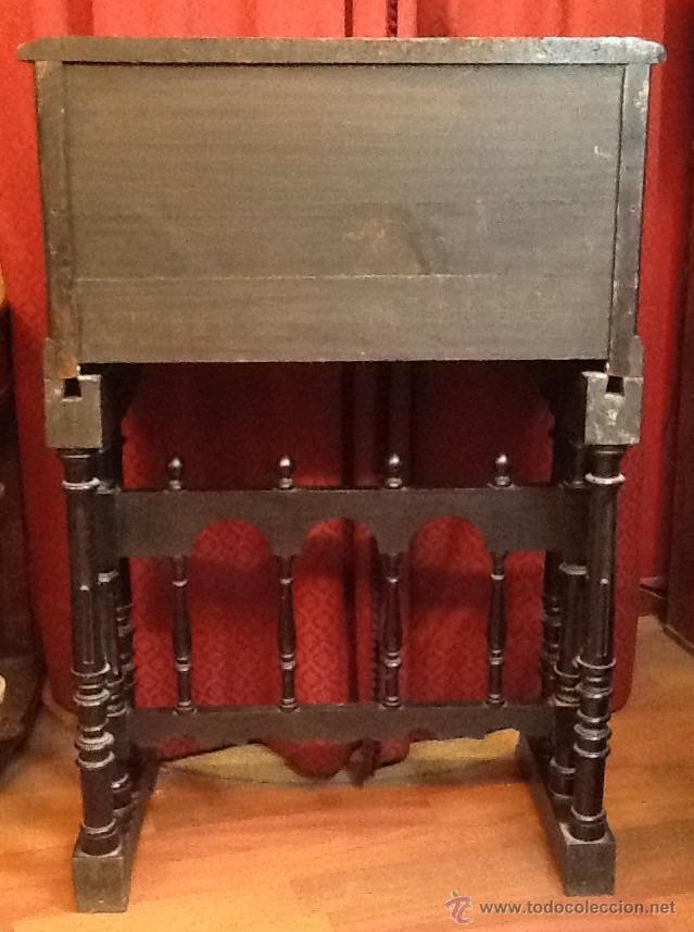 Antigüedades: Bargueño / madera de castaño / tallas / - Foto 2 - 53257765