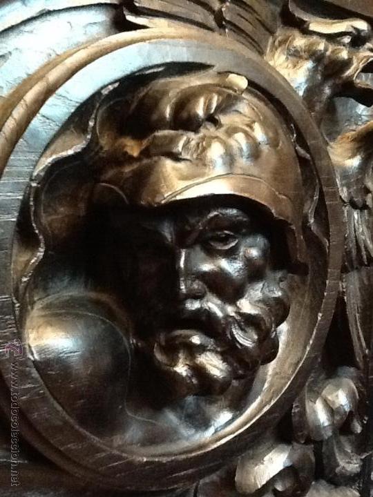 Antigüedades: Bargueño / madera de castaño / tallas / - Foto 8 - 53257765