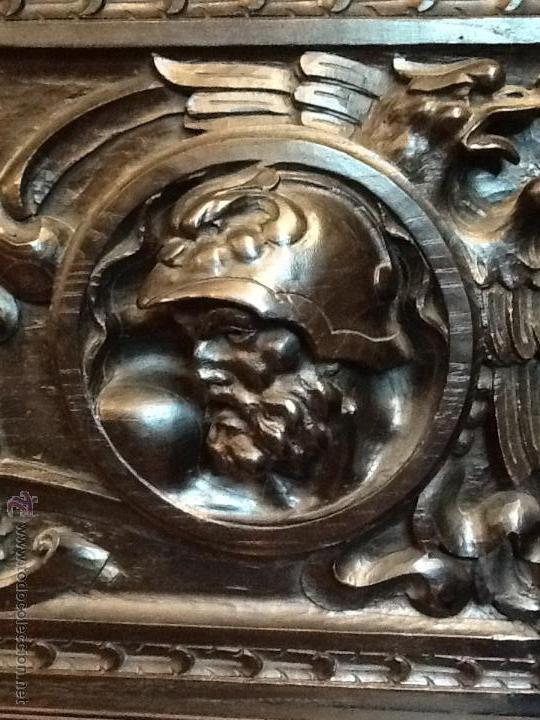 Antigüedades: Bargueño / madera de castaño / tallas / - Foto 11 - 53257765