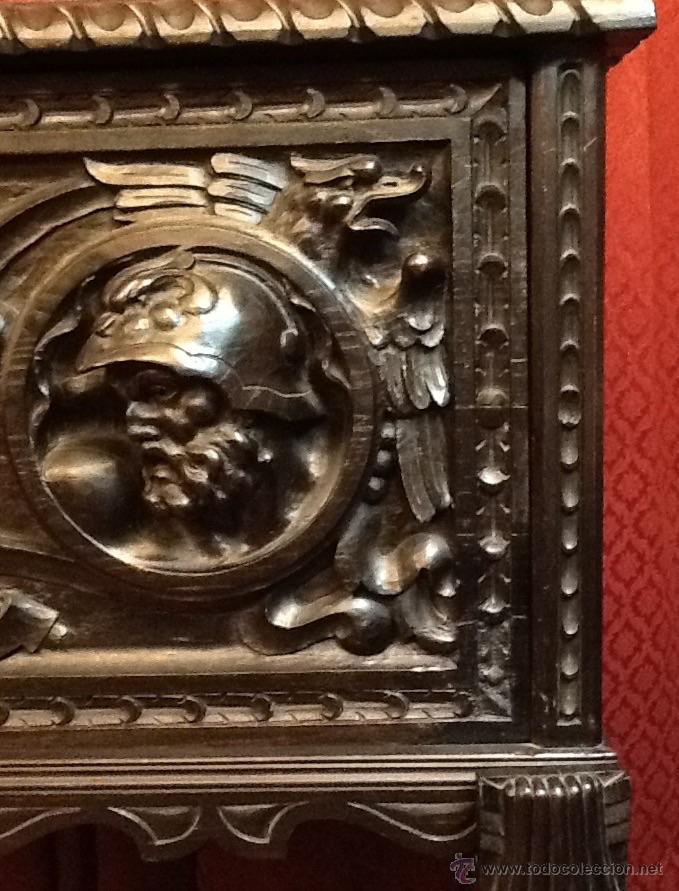 Antigüedades: Bargueño / madera de castaño / tallas / - Foto 12 - 53257765