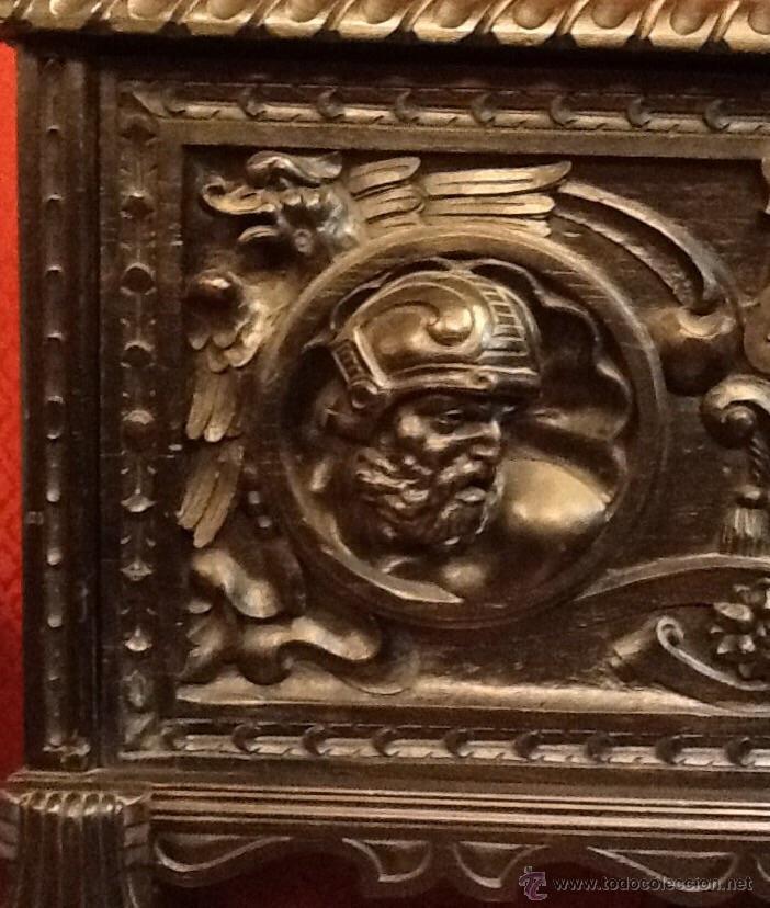 Antigüedades: Bargueño / madera de castaño / tallas / - Foto 13 - 53257765