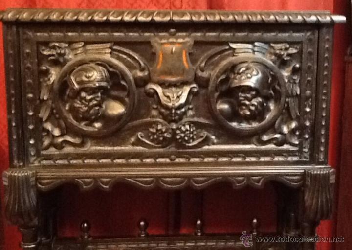 Antigüedades: Bargueño / madera de castaño / tallas / - Foto 14 - 53257765
