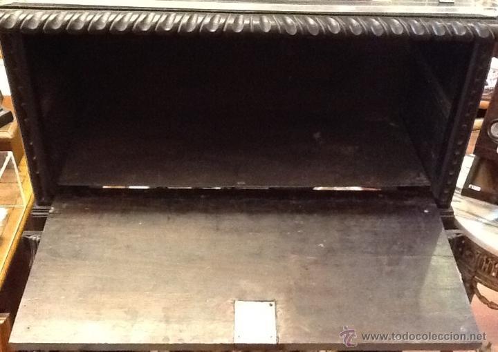 Antigüedades: Bargueño / madera de castaño / tallas / - Foto 21 - 53257765