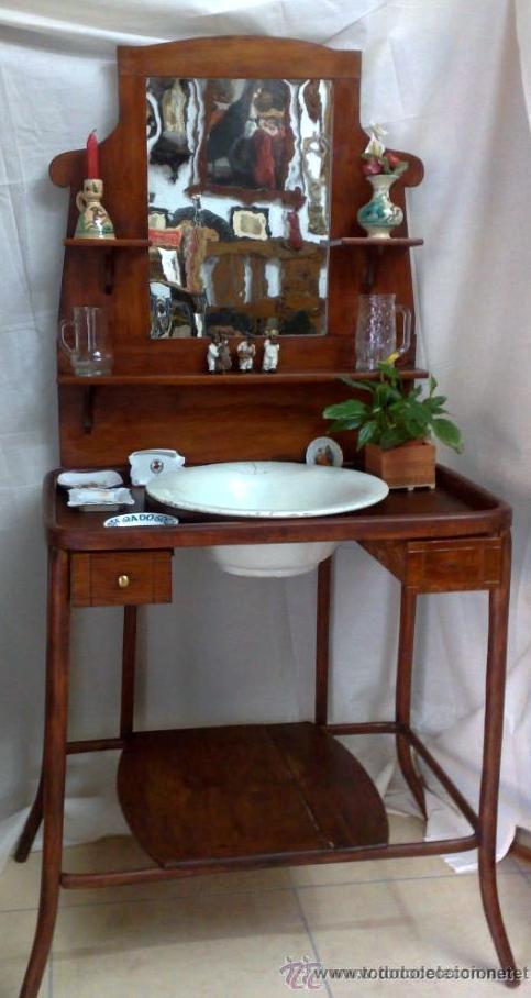 Antiguo mueble lavabo en madera comprar muebles auxiliares antiguos en todocoleccion 32864452 - Mueble lavabo madera ...