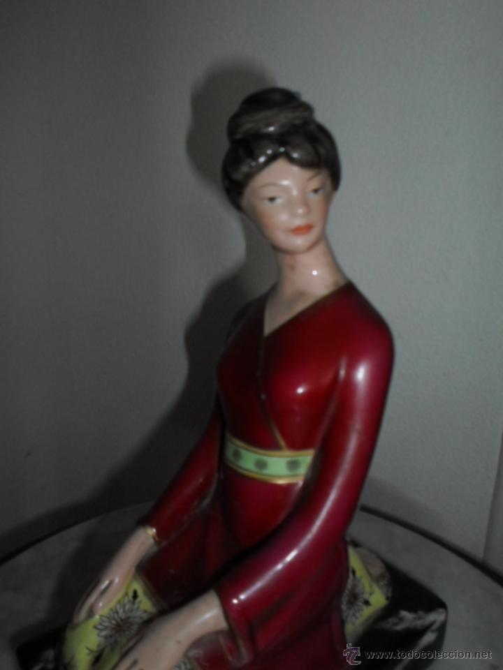 GEISHA - PORCELANA CHINA OPACA - IBERO TANAGRA - CANTABRIA (Antigüedades - Hogar y Decoración - Figuras Antiguas)