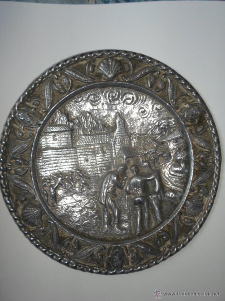 Antigüedades: DOS PLATOS DECORATIVOS DE PARED- ESCENAS MONTAÑESA DE JOSE MARIA PEREDA - AÑOS 40 - Foto 2 - 53278207
