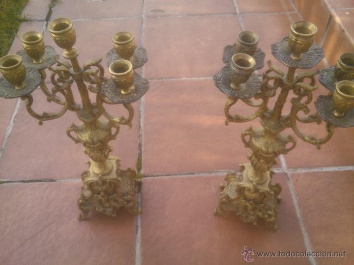 Antigüedades: MARAVILLOSA PAREJA DE CANDELABROS ANTIGUOS BRONCE - Foto 6 - 53291663