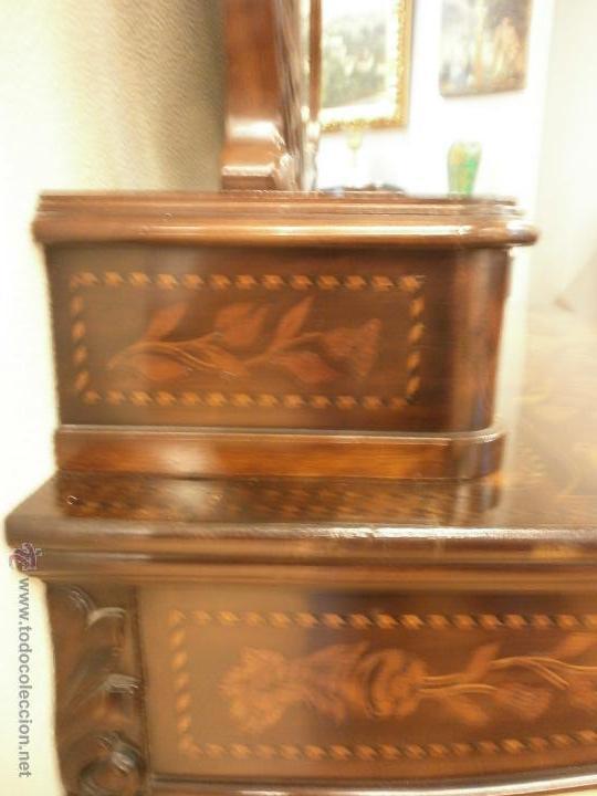 Antigüedades: Curioso tocador antiguo - Holanda - con talla y marquetería - con espejo - diferentes maderas - XIX - Foto 4 - 53331486