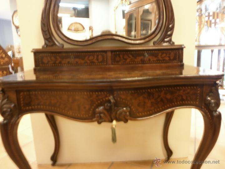 Antigüedades: Curioso tocador antiguo - Holanda - con talla y marquetería - con espejo - diferentes maderas - XIX - Foto 6 - 53331486