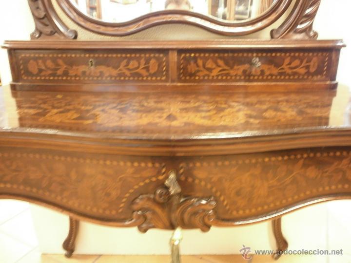 Antigüedades: Curioso tocador antiguo - Holanda - con talla y marquetería - con espejo - diferentes maderas - XIX - Foto 7 - 53331486