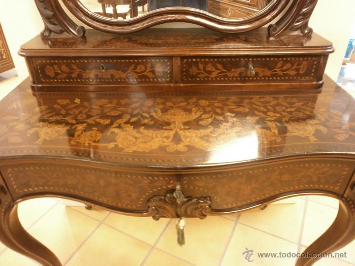 Antigüedades: Curioso tocador antiguo - Holanda - con talla y marquetería - con espejo - diferentes maderas - XIX - Foto 8 - 53331486
