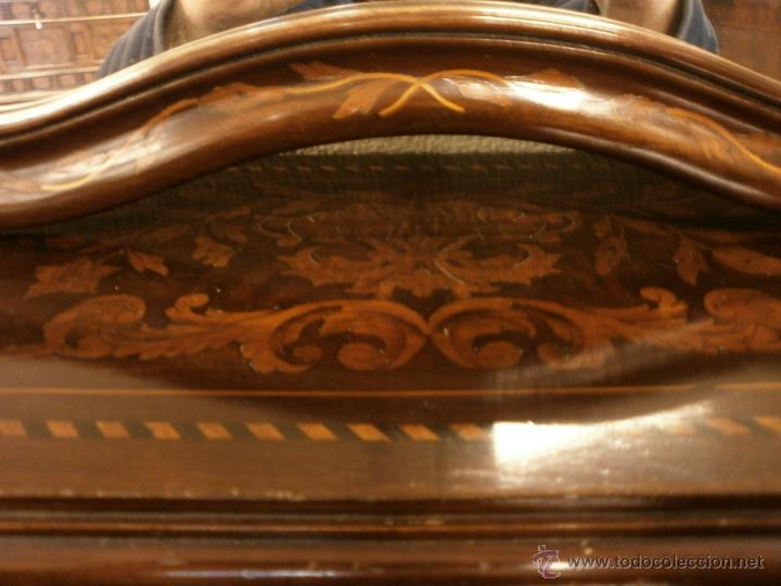 Antigüedades: Curioso tocador antiguo - Holanda - con talla y marquetería - con espejo - diferentes maderas - XIX - Foto 9 - 53331486