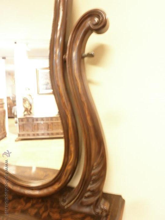 Antigüedades: Curioso tocador antiguo - Holanda - con talla y marquetería - con espejo - diferentes maderas - XIX - Foto 10 - 53331486
