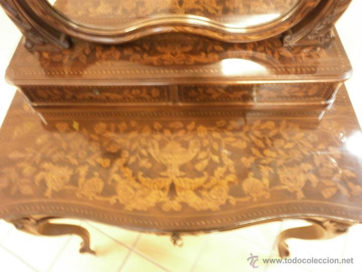 Antigüedades: Curioso tocador antiguo - Holanda - con talla y marquetería - con espejo - diferentes maderas - XIX - Foto 11 - 53331486