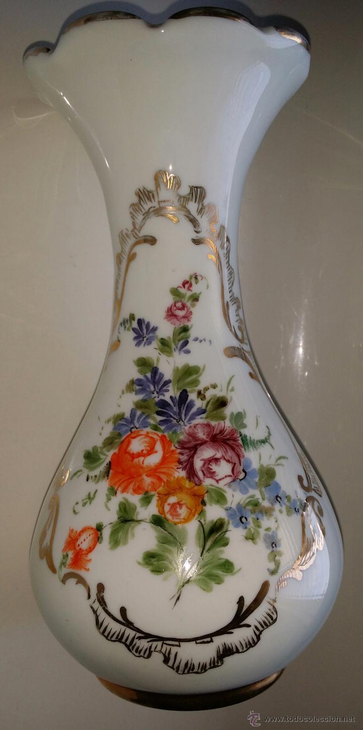 JARRÓN DE OPALINA, FLORES; CRISTAL DE LA GRANJA (Antigüedades - Cristal y Vidrio - La Granja)