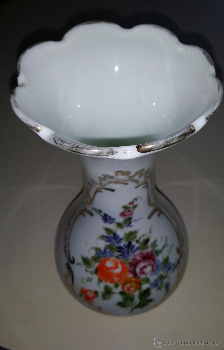 Antigüedades: Jarrón de opalina, flores; cristal de la Granja - Foto 3 - 53331922