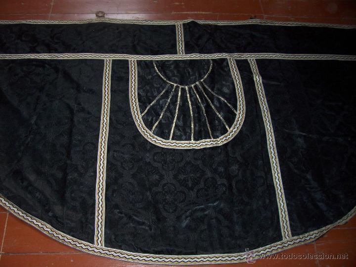 CAPA PLUVIAL NEGRA (Antigüedades - Religiosas - Capas Pluviales Antiguas)