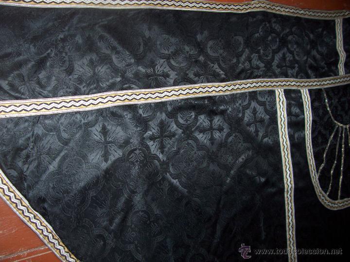 Antigüedades: CAPA PLUVIAL NEGRA - Foto 5 - 53339447