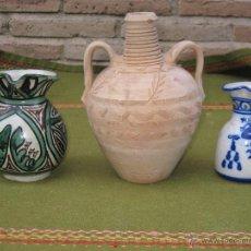 Antigüedades: LOTE DE 3 PIEZAS DIFERENTES EN CERAMICA - 1 CANTARILLO DE PEÑO / TOLEDO / Y DOS JARRAS.. Lote 53352644