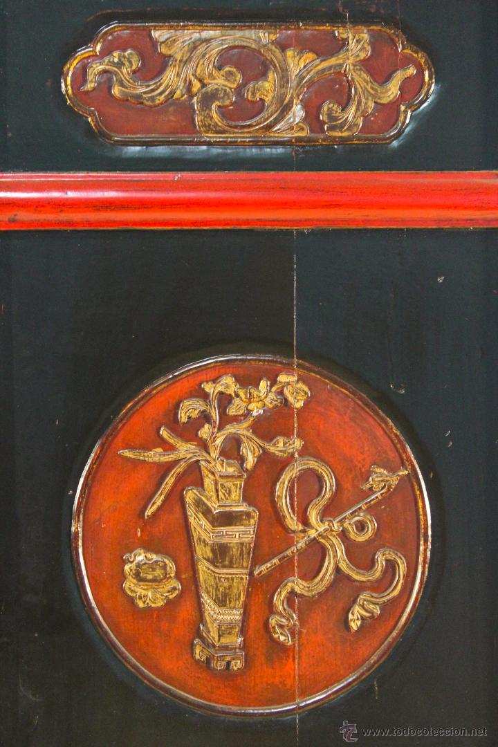 Antigüedades: Armario chino en madera lacada del siglo XX - Foto 10 - 53363269