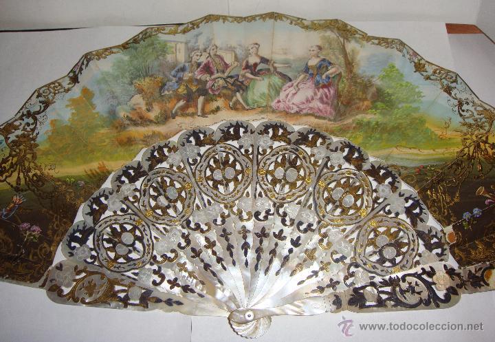 Antigüedades: Antiguo Abanico. S.XIX. Varillaje de Nácar con incrustaciones de Oro y Plata. País pintado a mano. - Foto 2 - 53375077