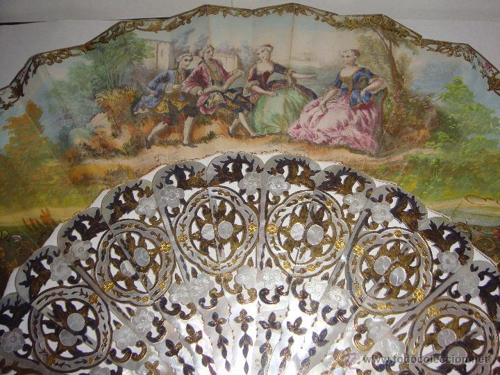 Antigüedades: Antiguo Abanico. S.XIX. Varillaje de Nácar con incrustaciones de Oro y Plata. País pintado a mano. - Foto 4 - 53375077