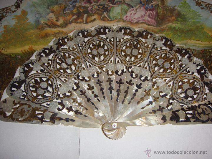 Antigüedades: Antiguo Abanico. S.XIX. Varillaje de Nácar con incrustaciones de Oro y Plata. País pintado a mano. - Foto 6 - 53375077