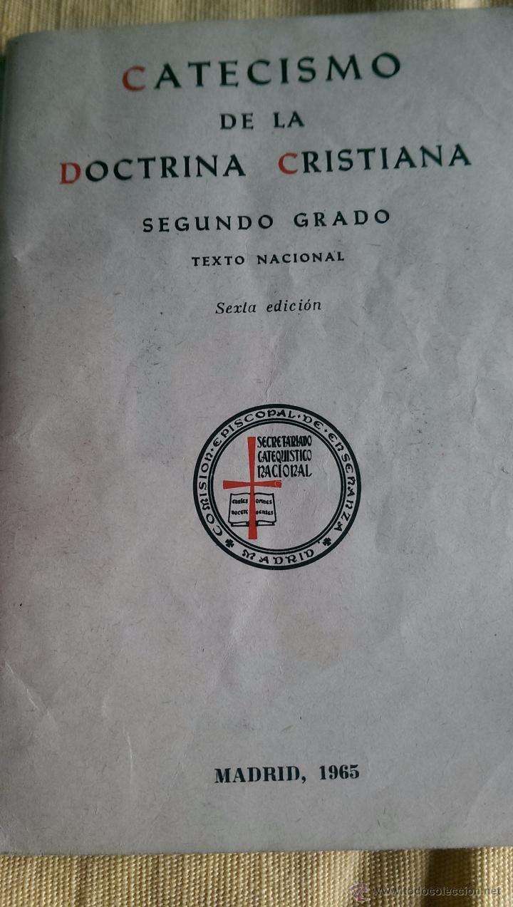 Antigüedades: CATECISMO 1965 Y ANTIGUA BENDITERA - Foto 6 - 53413781