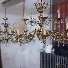 Antigüedades: LAMPARA DE BRONCE CON CRISTALES. Lote 53424088