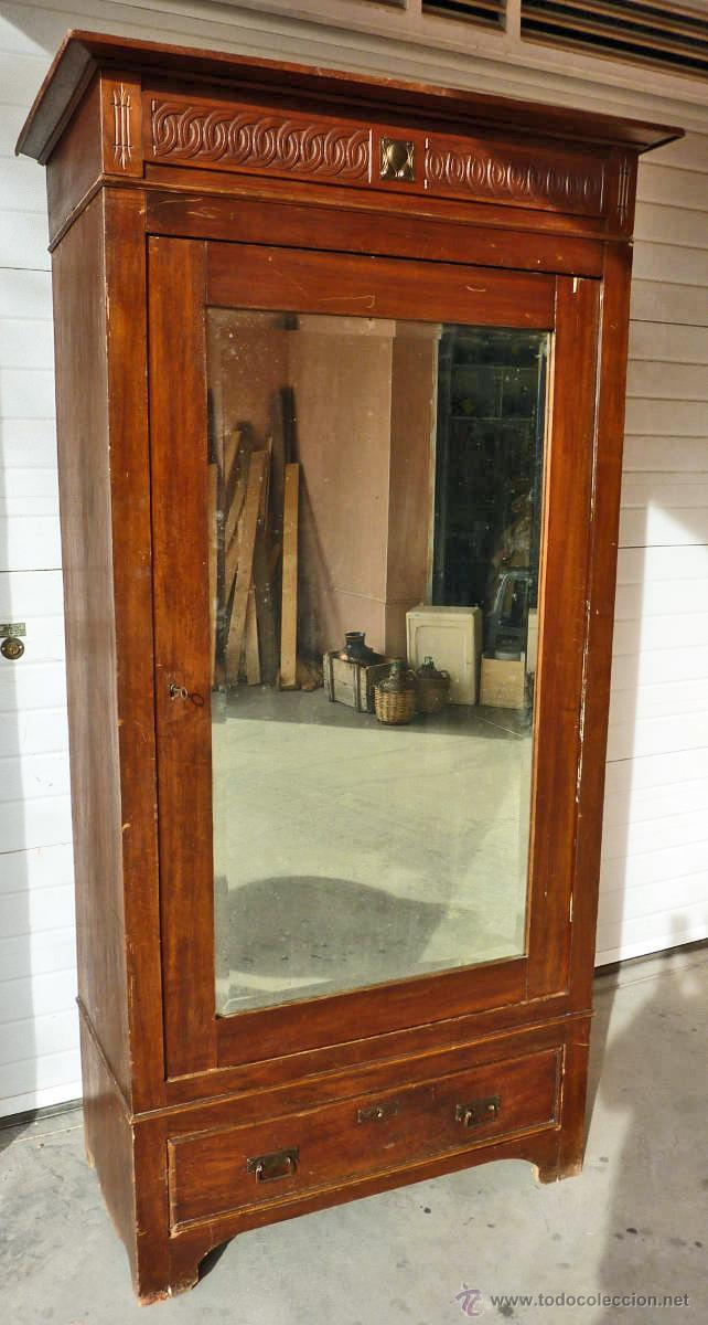 Antigüedades: Armario modernista de 1 puerta con espejo. Madera maciza principos siglo XX - Foto 2 - 53431225