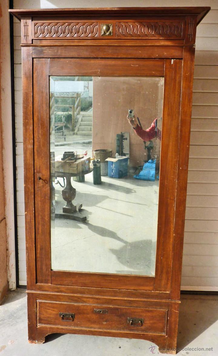 Antigüedades: Armario modernista de 1 puerta con espejo. Madera maciza principos siglo XX - Foto 3 - 53431225
