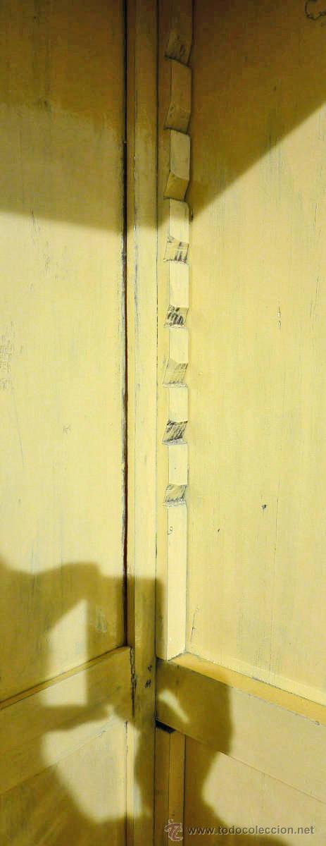 Antigüedades: Armario modernista de 1 puerta con espejo. Madera maciza principos siglo XX - Foto 16 - 53431225