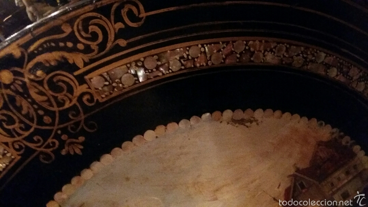 Antigüedades: Mesa velador con nácar y decorada - Foto 3 - 53467017