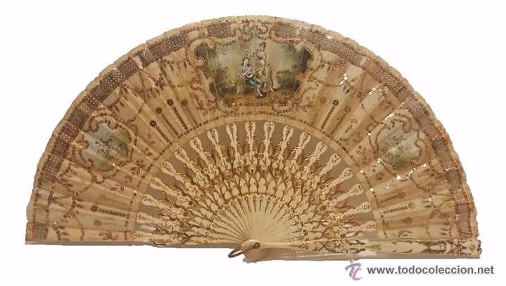 ANTIGUO ABANICO VARILLAJE TALLADO EN HUESO PAIS EN SEDA DECORADO A MANO ESCENA GALANTE- S.XIX (Antigüedades - Moda - Abanicos Antiguos)