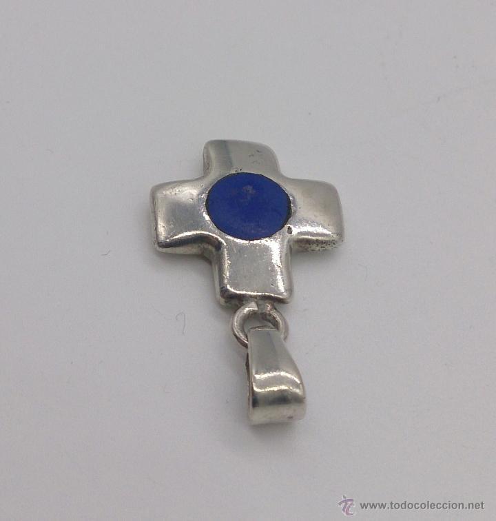 Antigüedades: Colgante de cruz en plata de ley contrasada con aplicaciones en lapislázuli . - Foto 4 - 53468239