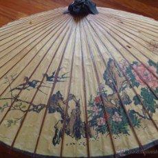 Antigüedades: PARASOL CHINO PARAGUAS SOMBRILLA PAPEL PINTADO A MANO. Lote 53484084