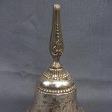 Antigüedades: ANTIGUA CAMPANA INGLESA DE SERVICIO EN METAL PLATEADO ENGLISH BELL. Lote 53507406