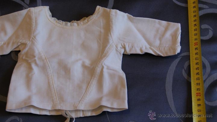 Antigüedades: Antigua Chaqueta de Algodón para Bebé con Puntilla. Costura a mano. Principios S. XX o Final S. XIX - Foto 2 - 53567923