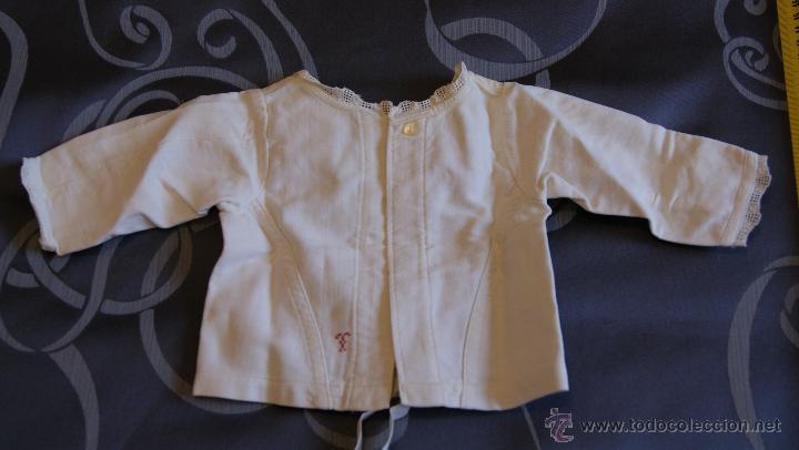 Antigüedades: Antigua Chaqueta de Algodón para Bebé con Puntilla. Costura a mano. Principios S. XX o Final S. XIX - Foto 4 - 53567923