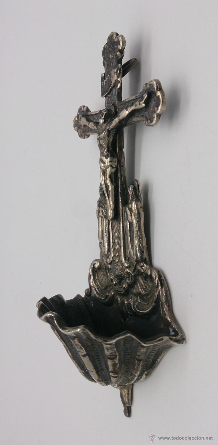Antigüedades: Benditera antigua en plata de ley contrastada y bellamente repujada . - Foto 4 - 53577399