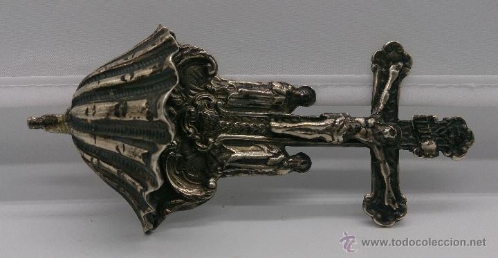 Antigüedades: Benditera antigua en plata de ley contrastada y bellamente repujada . - Foto 7 - 53577399